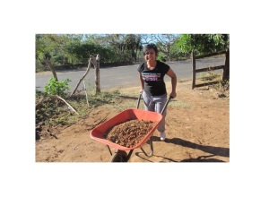 Kat helping to build a new chapel for the people of Puentecitos, El Salvador.